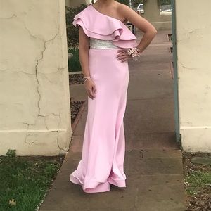Size4 Mac Duggal dress
